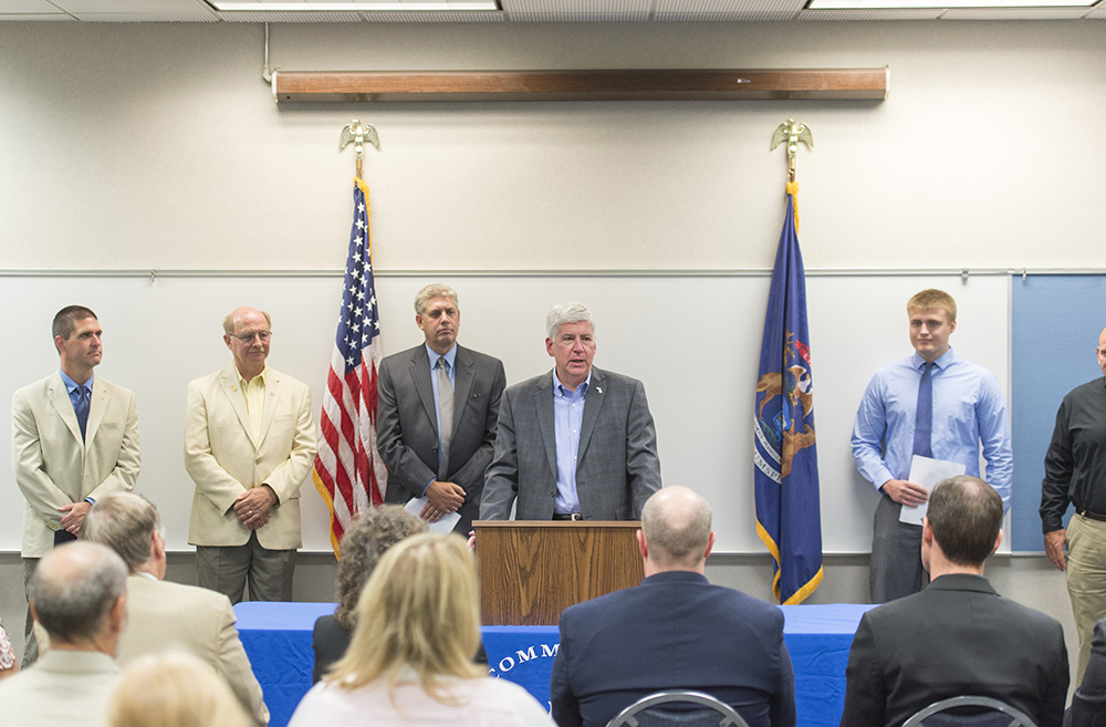 Gov. Rick Snyder speaks at the RMTC.