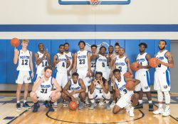 KCC's 2018-19 men's basketball team.