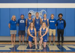 KCC's 2019 men's and women's cross country teams.
