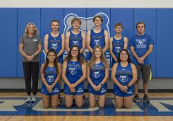 KCC's 2021 men's and women's cross-country teams.
